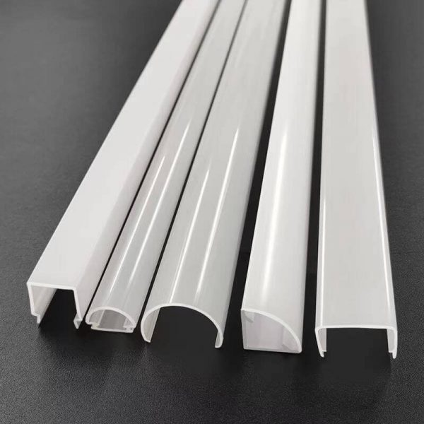 Polycarbonate lighting diffuser for LED strip